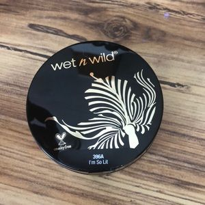 Wet N Wild Loose Highlighter-I'm so lit
